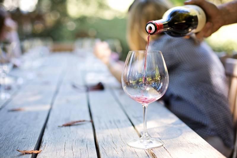 Можно ли красное вино беременным