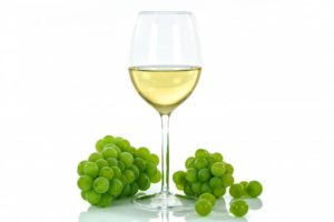 Можно ли беременным пить сухое красное вино, домашнее вино при беременности